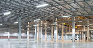LED teollisuushallissa