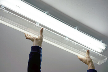 LED loisteputki kytkentä